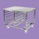 Specific chassis for cooking trays